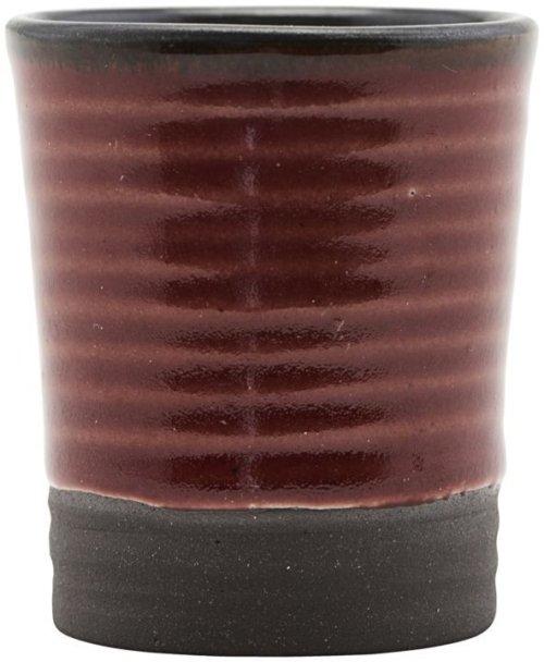 På billedet ser du variationen fra brandet House Doctor i en størrelse D: 4 cm. x H: 5,5 cm. i farven Brændt henna