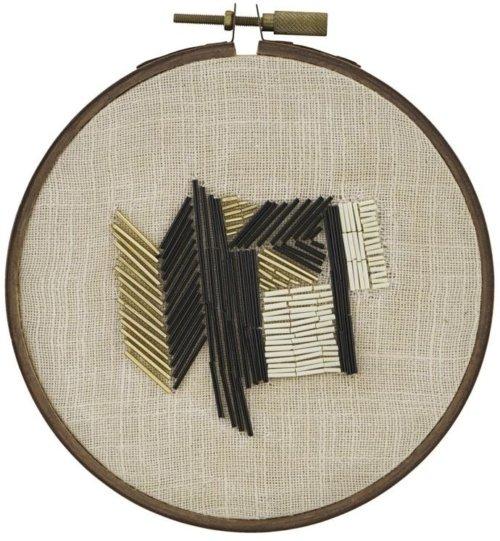 På billedet ser du variationen Beads, Wall art fra brandet House Doctor i en størrelse D: 20 cm. i farven Lysebrun