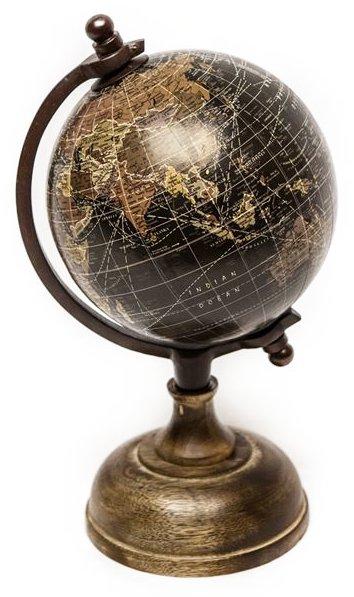 På billedet ser du variationen Globus med træfod, 12cm fra brandet Saeil i en størrelse D: 12 cm. i farven Sort