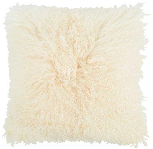 På billedet ser du variationen Lammeskindspude, Tibetan fra brandet Preform i en størrelse H: 15 cm. B: 40 cm. L: 40 cm. i farven Hvid