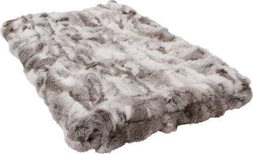 På billedet ser du variationen Tæppe, Rabbit fra brandet Preform i en størrelse B: 120 cm. L: 180 cm. i farven Lysegrå