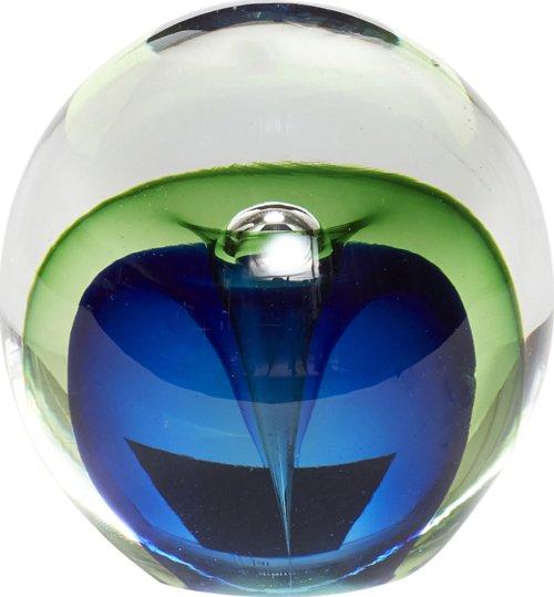 På billedet ser du variationen Brevpresser, Cynwrig fra brandet Hübsch i en størrelse Ø: 9 cm. i farven Blå/Grøn