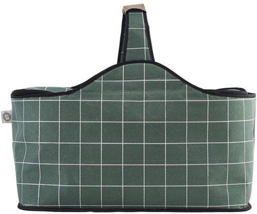 På billedet ser du variationen Køletaske, Green check fra brandet House Doctor i en størrelse 47 x 24 cm. x H: 22,5 cm. i farven Grøn