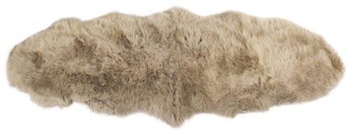 På billedet ser du variationen Lammeskind, New Zealand longseat fra brandet Preform i en størrelse B: 55 cm. L: 150 cm. i farven Antikgrå