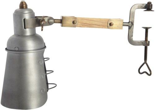 På billedet ser du variationen Basic, Lampe fra brandet House Doctor i en størrelse D: 7/12 cm. x L: 27 cm. x H: 19 cm. i farven Grå