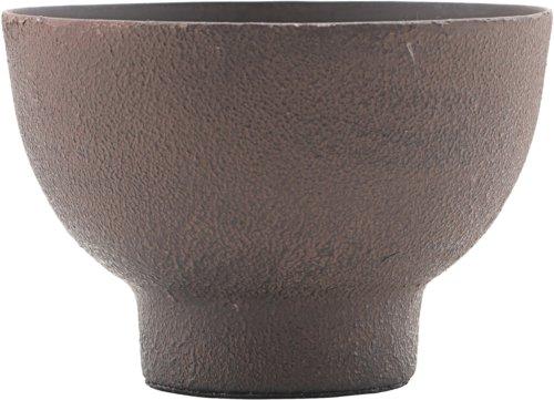 På billedet ser du variationen Lysestage, Kesi fra brandet House Doctor i en størrelse D: 10 cm. H: 7 cm. i farven Brun