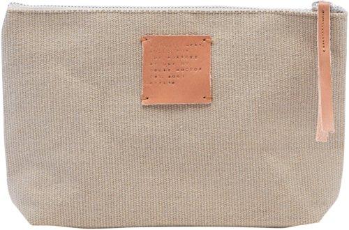 På billedet ser du variationen Makeup pung, Esa fra brandet House Doctor i en størrelse H: 15 cm. B: 5 cm. L: 26 cm. i farven Grå