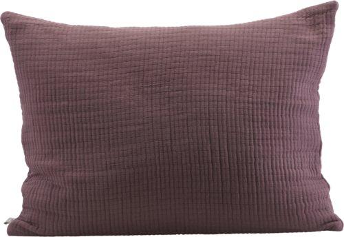 På billedet ser du variationen Pudebetræk, Lia fra brandet House Doctor i en størrelse B: 60 cm. L: 80 cm. i farven Bordeaux