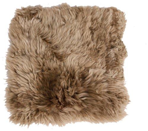 På billedet ser du variationen Sædeskind, New Zealand fra brandet Preform i en størrelse B: 38 cm. L: 38 cm. i farven Antikgrå