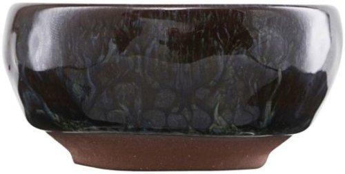 På billedet ser du variationen Pilo, Skål fra brandet House Doctor i en størrelse D: 6 cm. x H: 3 cm. i farven Grøn