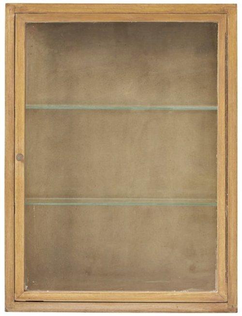 På billedet ser du variationen Oak, Skab fra brandet House Doctor i en størrelse 60 x 22 cm. x H: 80 cm. i farven Oak