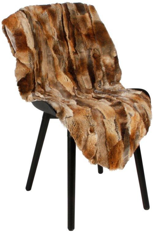 På billedet ser du variationen Skind, Rabbit fra brandet Preform i en størrelse B: 65 cm. L: 115 cm. i farven Brun
