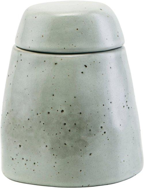 På billedet ser du variationen Sukkerskål m. lågic, Nurture fra brandet House Doctor i en størrelse D: 6 cm. H: 8 cm. i farven Grå/Blå
