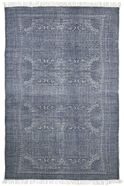 På billedet ser du variationen Tæppe, Iza fra brandet House Doctor i en størrelse 160 x 230 cm. i farven Grå/Hvid