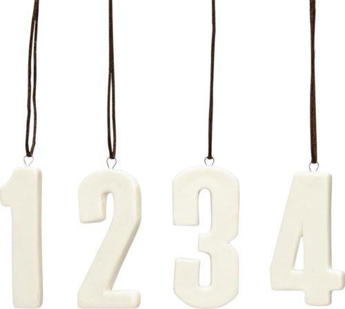På billedet ser du variationen Tal 1,2,3,4, Diot fra brandet Hübsch i en størrelse H: 7 cm. i farven Hvid