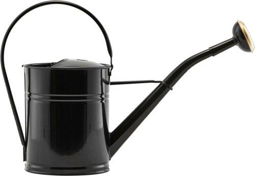 På billedet ser du variationen Vandkande, Water fra brandet House Doctor i en størrelse H: 25 cm. B: 13,5 cm. L: 36 cm. i farven Sort