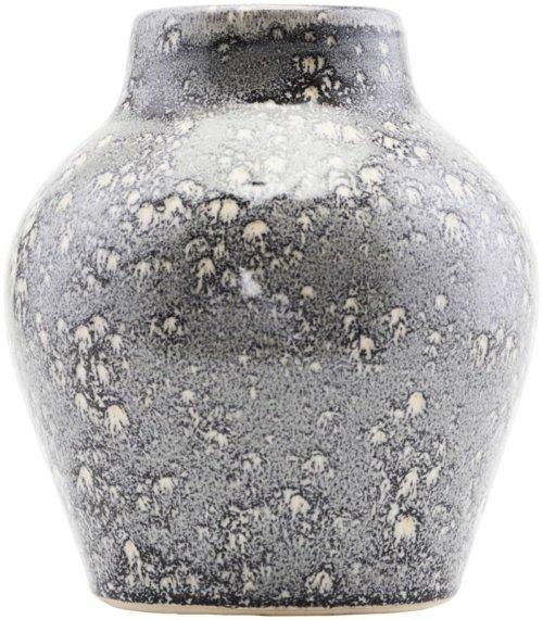 På billedet ser du variationen Lare roman, Vase fra brandet House Doctor i en størrelse D: 16 cm. x H: 18 cm. i farven Sand
