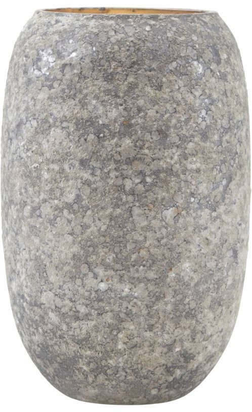 På billedet ser du variationen Vase, Earth fra brandet House Doctor i en størrelse D: 10 cm. H: 15 cm. i farven Grøn