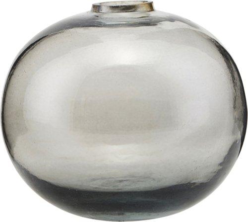 På billedet ser du variationen Vase, Vasera fra brandet House Doctor i en størrelse D: 8 cm. H: 6,5 cm. i farven Grå