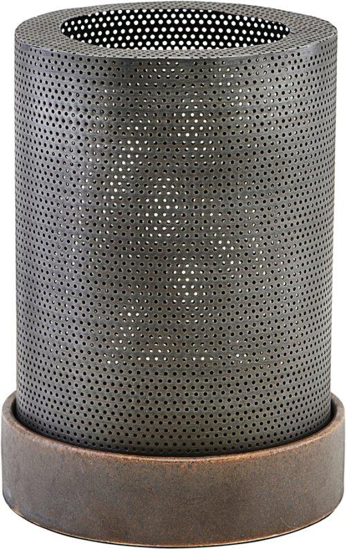 På billedet ser du variationen Lanterne, Bash fra brandet House Doctor i en størrelse Ø: 13 cm. H: 17,5 cm. i farven Antik Zink