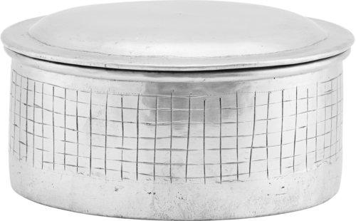 På billedet ser du variationen Opbevaring M. Låg, Noova fra brandet House Doctor i en størrelse Ø: 14 cm. H: 9 cm. i farven Sølv
