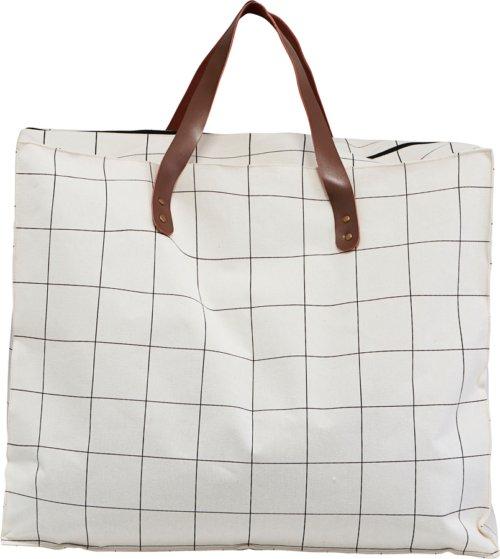 På billedet ser du variationen Taske/shopper, Squares fra brandet House Doctor i en størrelse H: 48 cm. B: 32 cm. L: 58 cm. i farven Hvid
