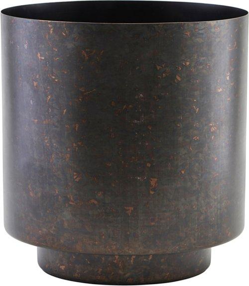 På billedet ser du variationen Urtepotte, Como fra brandet House Doctor i en størrelse Ø: 15 cm. H: 19 cm. i farven Mat Jern/Sort