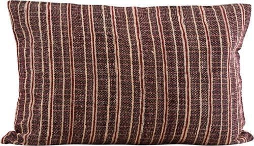På billedet ser du variationen Pudebetræk, Riti fra brandet House Doctor i en størrelse B: 40 cm. L: 60 cm. i farven Bordeaux