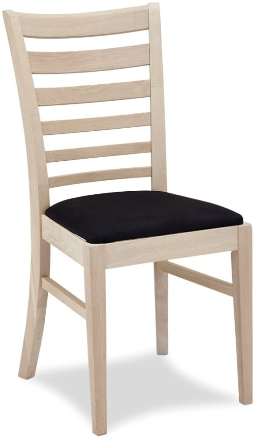 På billedet ser du et stemningsbillede (#6) fra Alford, Spisebordsstol, Egetræ fra brandet Raymond & Hallmark i en størrelse H: 94 cm. B: 54 cm. i farven Sædebehandlet