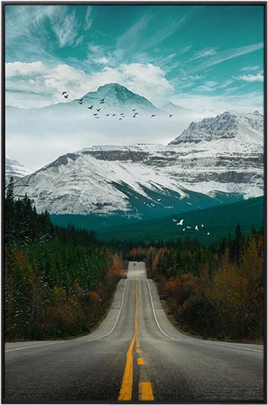 På billedet ser du Dark Road, Illustration m. ramme fra brandet House of Sander i en størrelse H: 3 cm. B: 60 cm. L: 90 cm. i farven Multifarvet