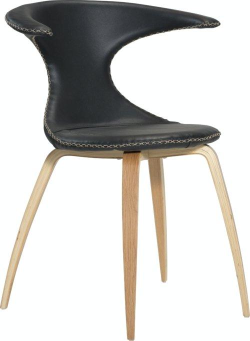 På billedet ser du variationen Flair, Spisebordsstol, Egetræsben, Læder fra brandet DAN-FORM Denmark i en størrelse H: 81 cm. B: 64 cm. i farven Sort/Natur