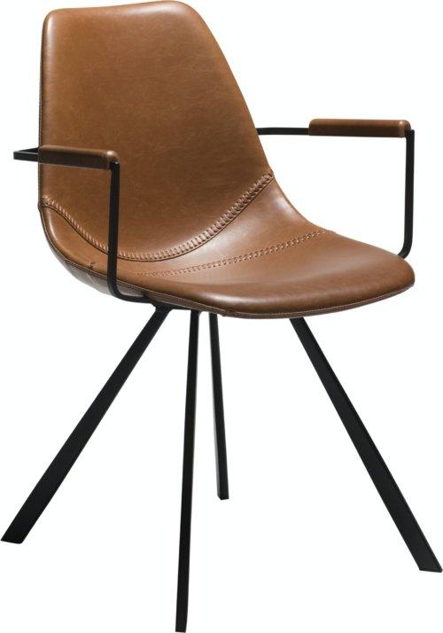 På billedet ser du variationen Pitch, Lænestol, Kunstlæder fra brandet DAN-FORM Denmark i en størrelse H: 80 cm. B: 55 cm. i farven Brun/Sort