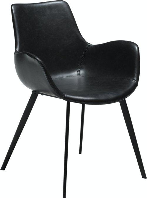 På billedet ser du variationen Hype, Spisebordsstol med armlæn, Kunstlæder fra brandet DAN-FORM Denmark i en størrelse H: 80 cm. B: 62 cm. i farven Sort