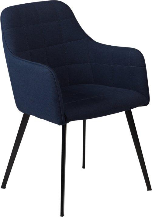 På billedet ser du variationen Embrace, Spisebordsstol med armlæn, Stof fra brandet DAN-FORM Denmark i en størrelse H: 84 cm. B: 55 cm. i farven Blå/Sort