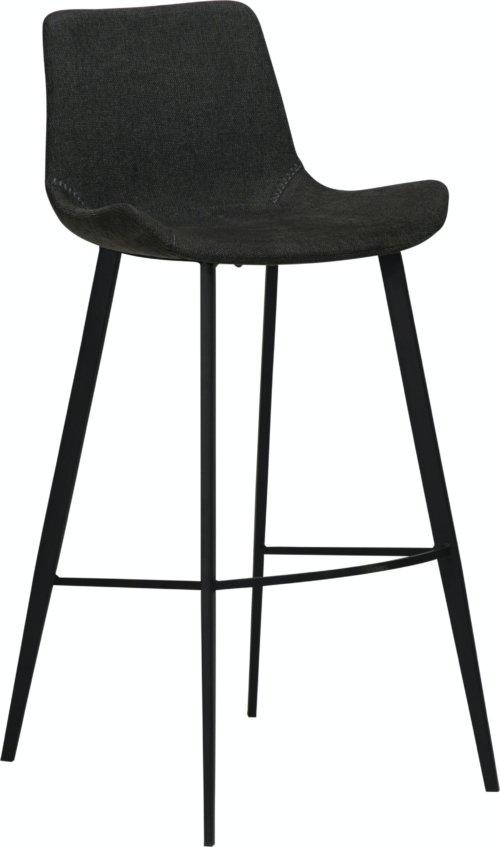 På billedet ser du variationen Hype, Barstol, Stof fra brandet DAN-FORM Denmark i en størrelse H: 101 cm. B: 49 cm. L: 53 cm. i farven Sort