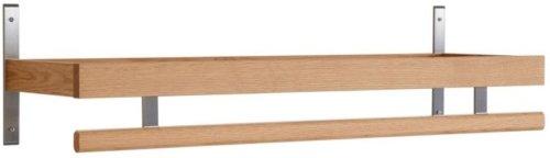 På billedet ser du variationen Nadja, Knagerække, Træ fra brandet Oscarssons Möbel i en størrelse L: 100 cm. i farven Olieret egetræ