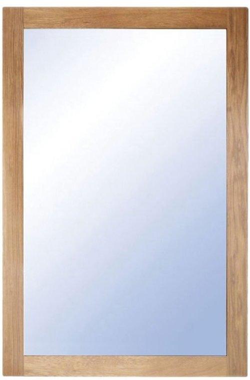 På billedet ser du variationen Nova, Vægspejl, Træramme fra brandet Oscarssons Möbel i en størrelse H: 90 cm. B: 60 cm. i farven Lakeret egetræ
