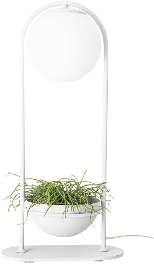 På billedet ser du variationen Nordic, Bordlampe med planteskål fra brandet Bloomingville i en størrelse D: 15 cm. H: 52 cm. i farven Hvid