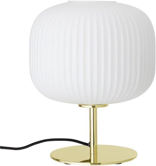 På billedet ser du variationen Nordic, Bordlampe, Oval skærm fra brandet Bloomingville i en størrelse D: 25 cm. H: 32 cm. i farven Guld