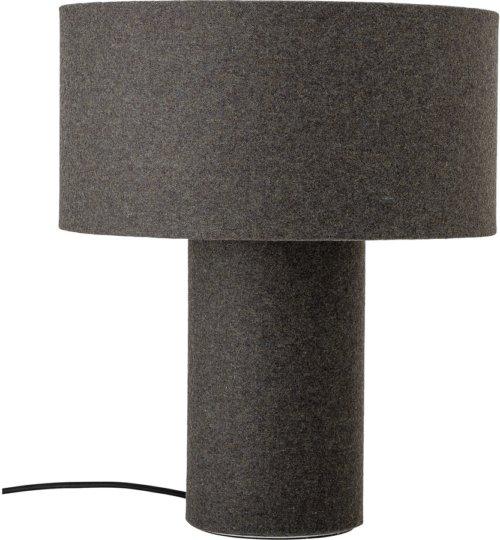 På billedet ser du variationen Ivory, Bordlampe, Uld-lampe fra brandet Bloomingville i en størrelse D: 30 cm. H: 35 cm. i farven Grå