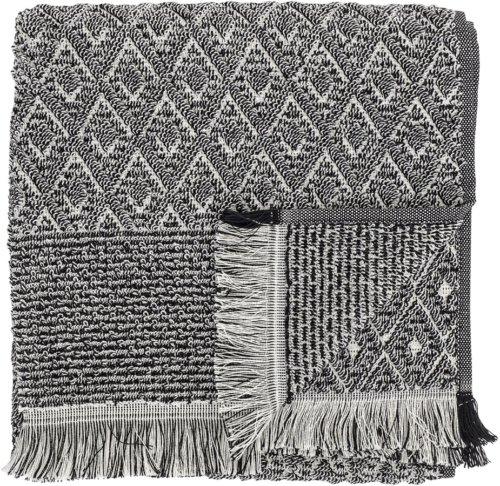 På billedet ser du variationen Nordic, Håndklæde, Bomuld fra brandet Bloomingville i en størrelse B: 70 cm. L: 140 cm. i farven Sort