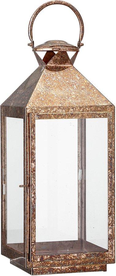 På billedet ser du variationen Golden Jun, Lanterne, Jern, Glas fra brandet Bloomingville i en størrelse H: 50 cm. B: 21 cm. L: 21 cm. i farven Kobber