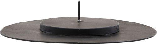 På billedet ser du variationen Lysestage, Cilc fra brandet House Doctor i en størrelse Ø: 24 cm. H: 4,7 cm. i farven Sort