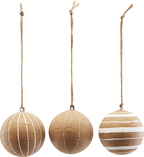 På billedet ser du variationen Ornament, Craft, Sæt Af 3 Designs fra brandet House Doctor i en størrelse Ø: 5 cm. i farven Hvid