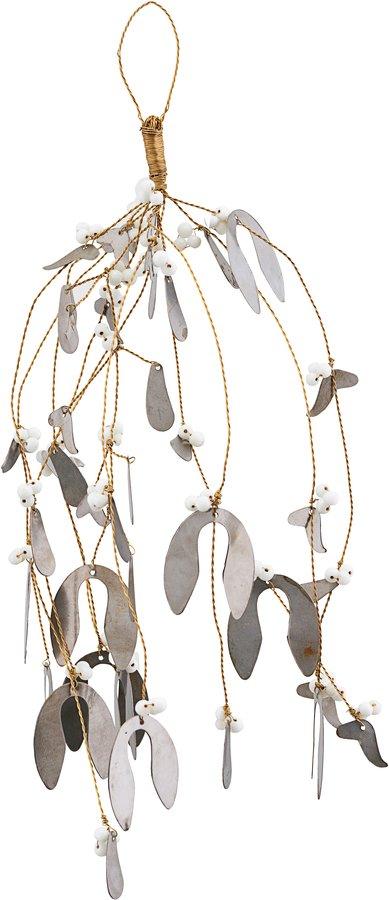 På billedet ser du variationen Ornament, Misteltoe, Large fra brandet House Doctor i en størrelse B: 17 cm. L: 40 cm. i farven Metal