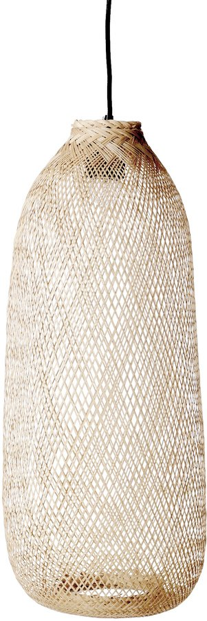 På billedet ser du variationen Cozy, Pendel, Flettet bambus, Aflang fra brandet Bloomingville i en størrelse D: 25 cm. H: 65 cm. i farven Natur/Sort