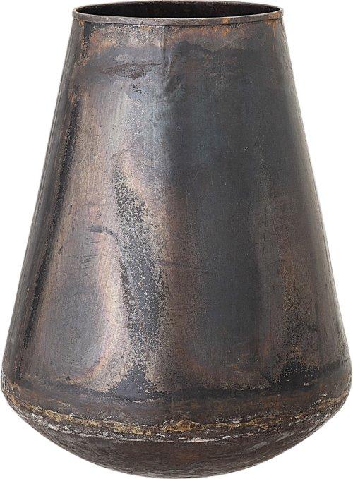 På billedet ser du variationen Nordic, Vase,, Jern fra brandet Bloomingville i en størrelse D: 25 cm. H: 30 cm. i farven Brun