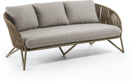 På billedet ser du variationen Branzie, Udendørs 3-personers sofa fra brandet LaForma i en størrelse H: 77 cm. B: 180 cm. L: 90 cm. i farven Brun/grå