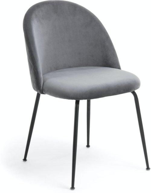 På billedet ser du variationen Ivonne, Spisebordsstol fra brandet LaForma i en størrelse H: 79 cm. B: 49 cm. L: 52 cm. i farven Grå/sort
