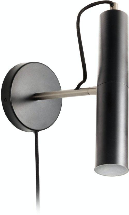 På billedet ser du variationen Laurie, Væglampe fra brandet LaForma i en størrelse H: 26 cm. B: 12 cm. L: 22 cm. i farven Sort/sølv